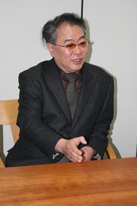 「財務省では、他省庁より1コ下の役職ランクで対応しています」と話す高橋洋一さん。