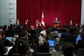 首相会見には、ネットメディアの記者も参加した(代表撮影)