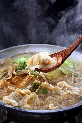 今年は「餃子鍋」がブームになる?(写真は、「博多ぬくぬく家」)