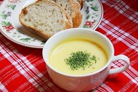 朝食に気軽に食べれる「スープとパン」が増えている