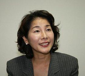 佐藤秀美先生は「スープとパンの組み合わせは、からだにとてもよい」と話す