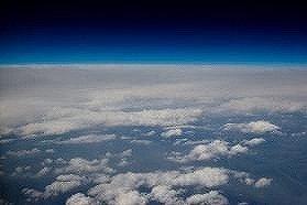 人工衛星の破片はどこへ落ちるのか。