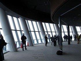 高さ350メートルの第1展望台からは都心が一望できる