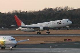 大手と新興航空会社の運賃の差は、国交省の規制が背景にある(写真はイメージ)