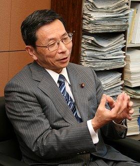 原発のリスクを国会で繰り返し指摘してきた吉井英勝衆院議員