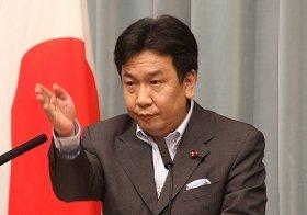 菅首相と鳩山前首相の溝「大きくならないこと望む」 枝野官房長官
