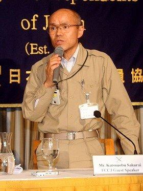 特派員協会で会見した南相馬市の桜井勝延市長