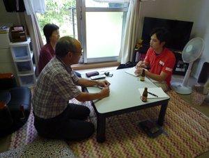鈴木要さんと江美子さんは、難民を助ける会の支援に、「地獄に仏」と喜んでくださいました