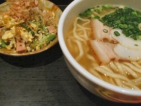 伝統的な沖縄料理は手間暇かけてつくられた