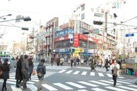 美容整形を目的に韓国を訪れる人も(写真はソウル市内=本文とは関係ありません)