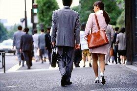 過去の就職難でも公務員人気が高まった(写真はイメージ)