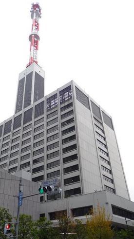 経産省の試算では原発廃炉で電力4社が債務超過になる(写真は、東京電力本社ビル)