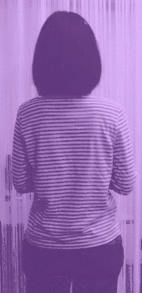 「透けて見える レンズ」で撮影した写真。全く透けていない