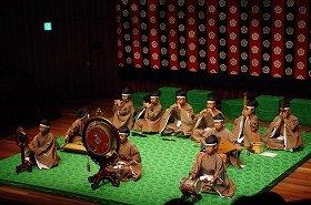 西宮での雅楽演奏会の様子(写真提供:岩佐堅志さん)