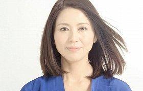 新生「AQUA」のイメージにぴったりな、女優の小泉今日子さん