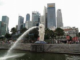 シンガポールは移民の受け入れ増加を成長戦略の一環として掲げている