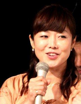 「手つなぎ愛」報じられた有働アナ(12年11月撮影)