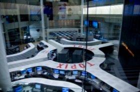 金融市場は「緩和」に期待