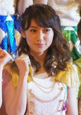 卒業発表した大島優子さん。時期は「頃合いを見て、相談して決めたい」と話している