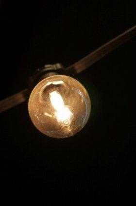 「白熱電球」はまだまだ販売されている!