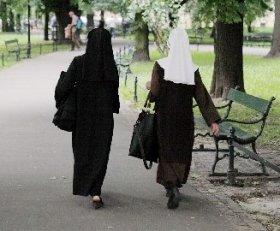 出産した修道女が話題(画像はイメージ)