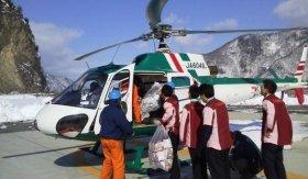ヘリコプターで緊急配送(画像は「セブン-イレブン」リリースより)