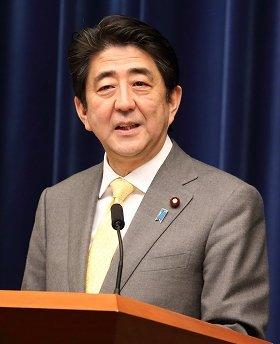 安倍首相は各サミットで核物質の管理に関する質問に答えた(写真は2014年3月10日撮影)