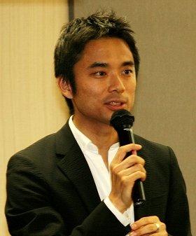 ライフネット生命の岩瀬社長、3日の「エイプリル・フール」ブログを謝罪(09年5月撮影)