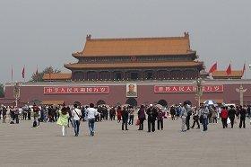 北京への観光客は減少が続いている