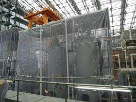 ALPSの吸着塔(写真提供:東京電力)