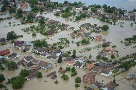 首都ベオグラードの近郊、オブレノヴァツ市の洪水被害の様子(在京セルビア大使館のウェブサイトより)