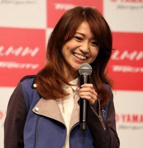 卒業後初単独CMに晴れやかな笑顔の大島さん(14年7月1日撮影)