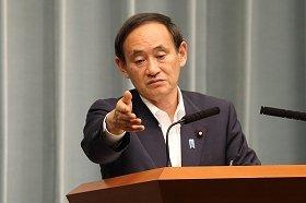 菅義偉官房長官は7月25日午後の会見で、国連委員会の見解について「非常に残念」と述べた。菅氏は「私の会見が、日本政府を代表しているすべて」とも断言している