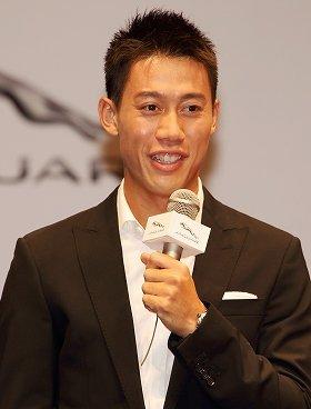 ジャガー記者発表会に登場した錦織選手(2014年9月17日撮影)