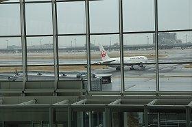 羽田の巻き返しで乗り換え客急減 韓国の仁川空港が曲がり角?