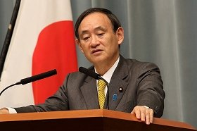 菅官房長官、香港抗議デモへの賛否明言避ける 「自由で開かれた体制維持が大事」