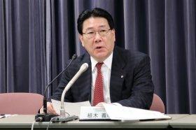 決算会見に出席した日本航空(JAL)の植木義晴社長