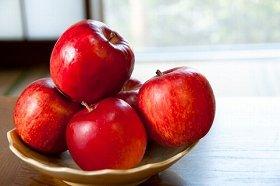 1か月間罵声を浴びせるとリンゴは腐る?
