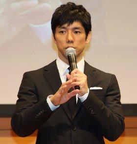 西島秀俊さんも納得の「プロ彼女」?(2014年2月撮影)