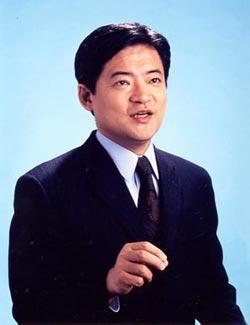 八幡和郎さんは「世襲議員は単なる『遺産』以外に『負の遺産』を相続すべき」と話す