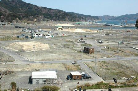 津波で消えた中心市街地で復興作業が本格化するのはこれからです=2014年4月20日、大槌町