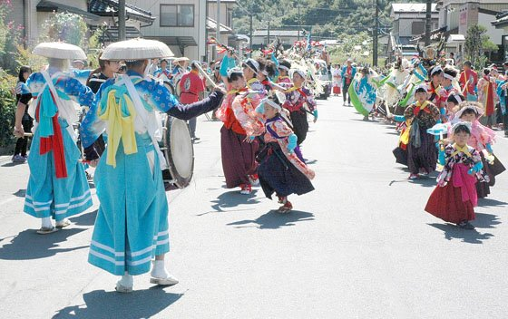 臼澤鹿子踊=2014年9月21日、「桜木町」の御旅所