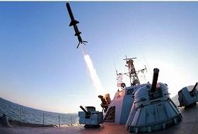 労働新聞は2月7日の1面トップで「新型対艦ロケット」の試射の様子を報じていた(労働新聞より)