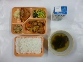 大阪市給食を「これ餌やで」と中学生 橋下市長「日本の飽食時代を象徴」と激怒