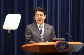 安倍首相に「言論の自由」あるか 「TV報道を批判」めぐり論戦