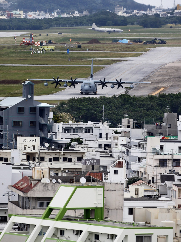 沖縄「基地」めぐる世代間格差 若くなるほど高い「容認度」