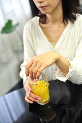女性の「デリケートゾーン」ケアが普及し始める 脱毛や専用石けんの使用からクリニックでの手術まで