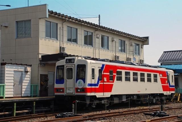 「あまちゃん」舞台の三陸鉄道全線再開で黒字転換 イベント列車や企業コラボで人気継続に躍起