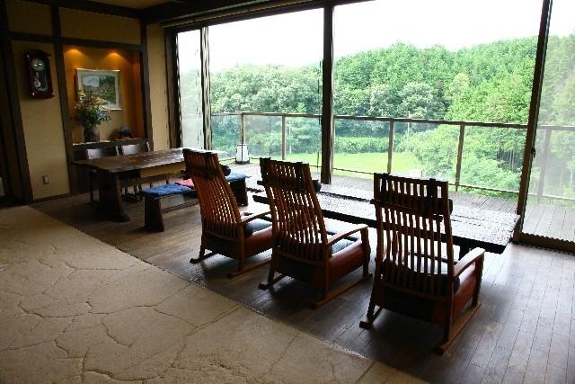 増える外国人旅行者、高まる「民泊」ニーズ  日本でも「Airbnb」が急成長