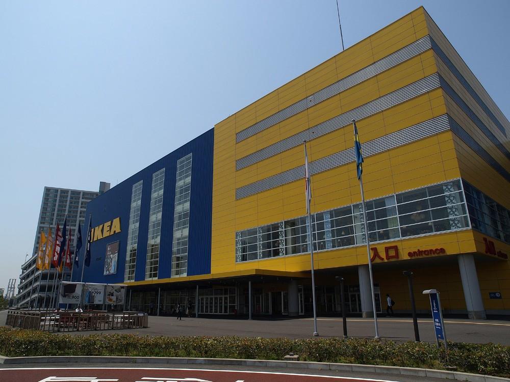 IKEA「上司宅でのホームパ―ティー」広告に反発 「休みの日くらい会いたくない」「迷惑」の声相次ぐ